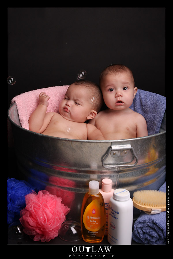 Baby Twins Ali & Stone Photo Shoot | OutlawPhotography.net